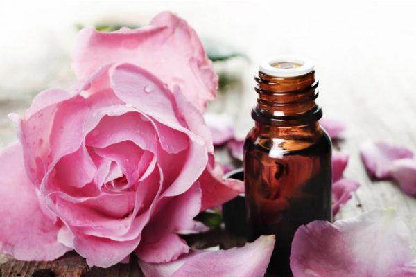 olio di rosa mosqueta smagliature