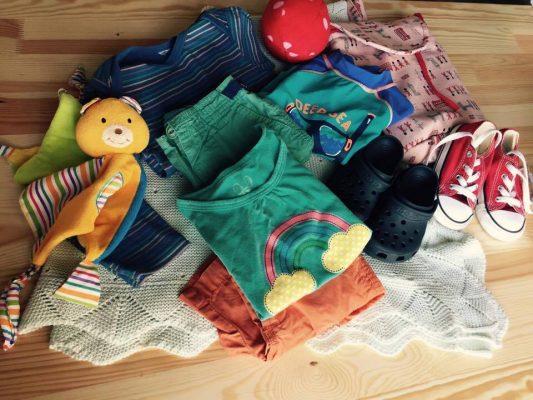 I migliori siti in cui scambiare vestiti usati e oggetti per bambini