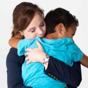 quanto costa adottare un bambino