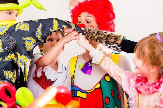 Come organizzare la festa di Carnevale in casa
