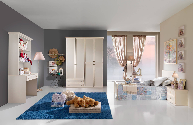 camera bambina classica