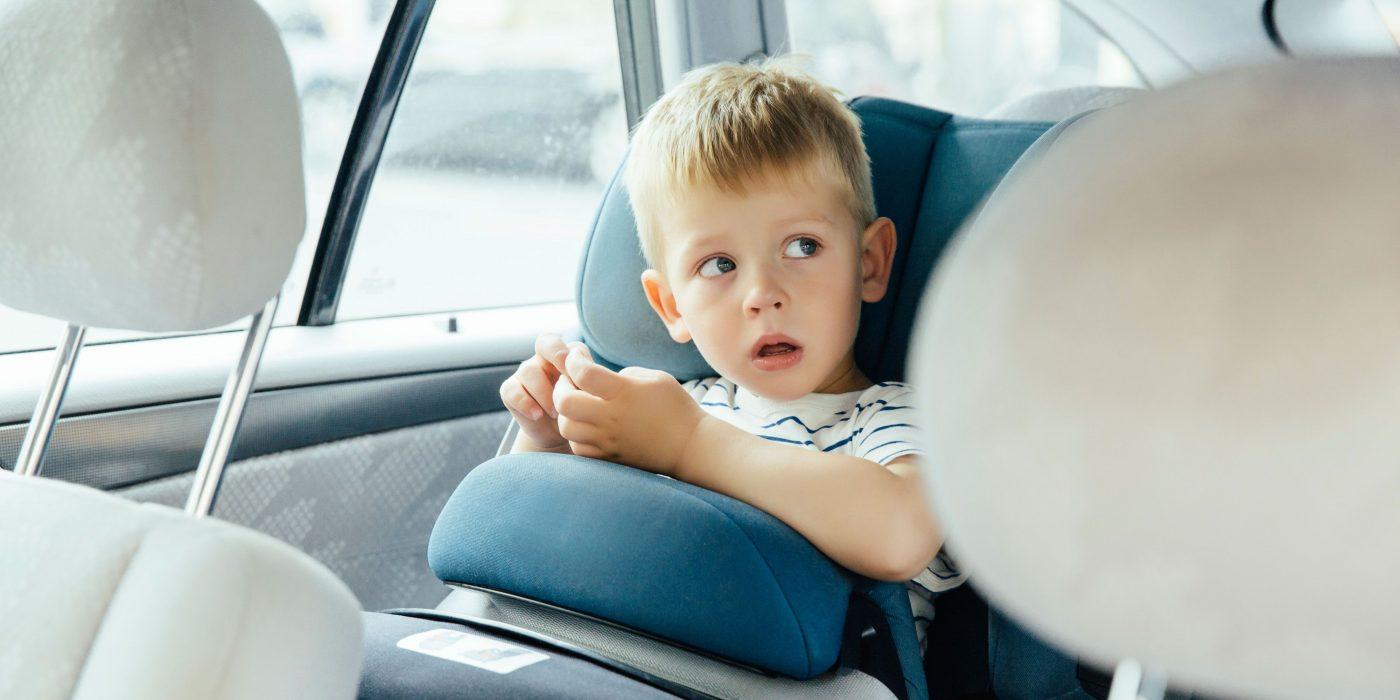 Necessità di sostituire il seggiolino dell'auto