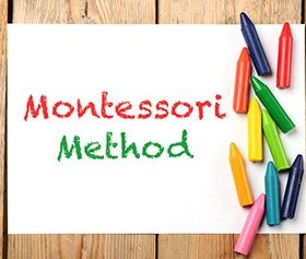 Educazioni dei bambini con il metodo Montessori