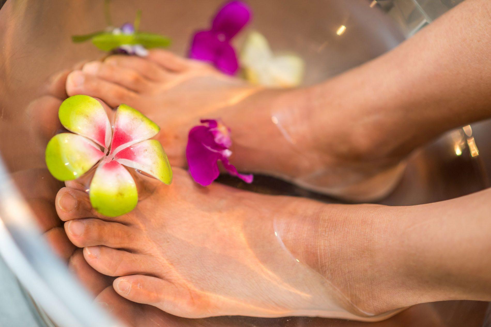 Rimedi naturali per la cura dei piedi