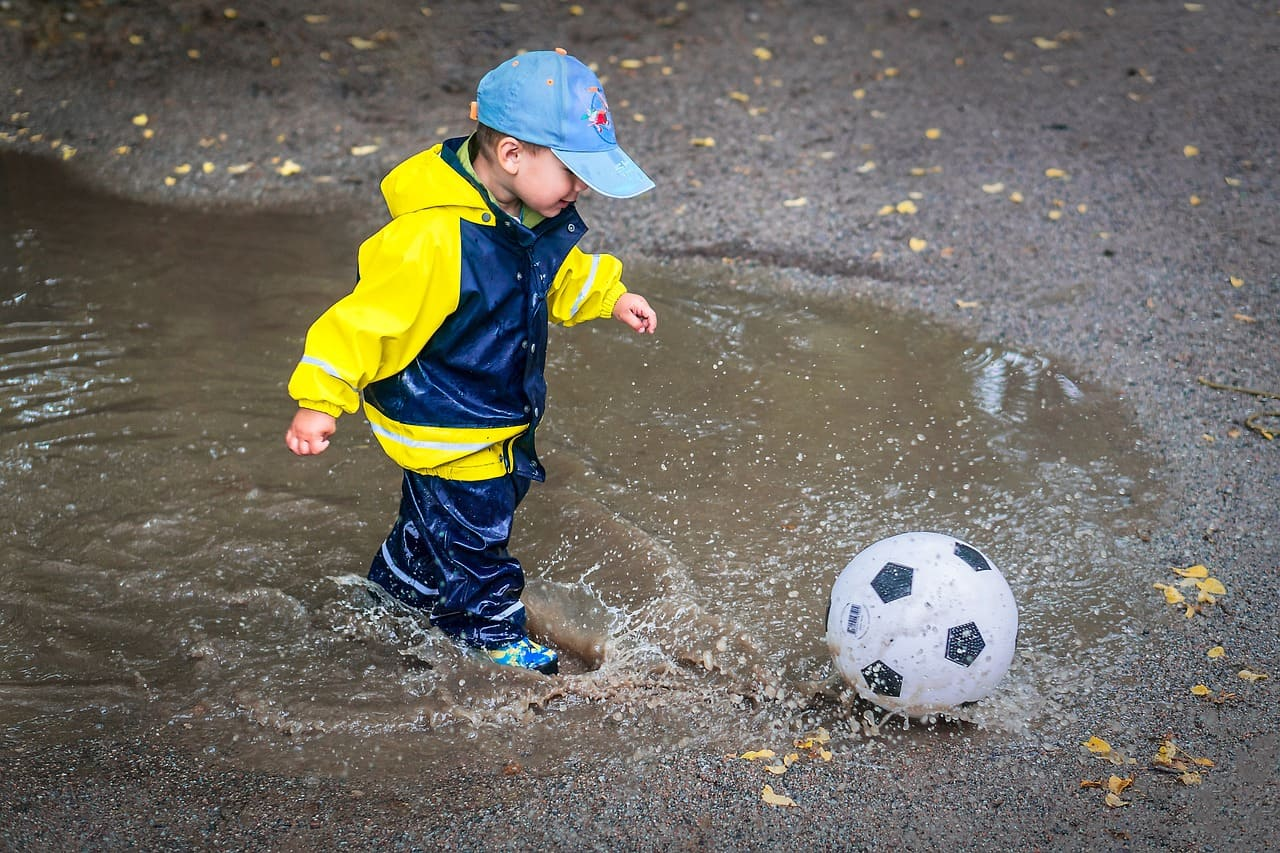 cosa fare con i bimbi quando piove