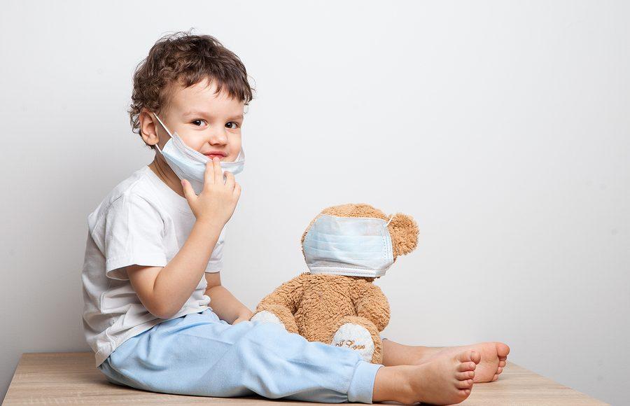 Coronavirus nei bambini: sintomi, rischi e precauzioni