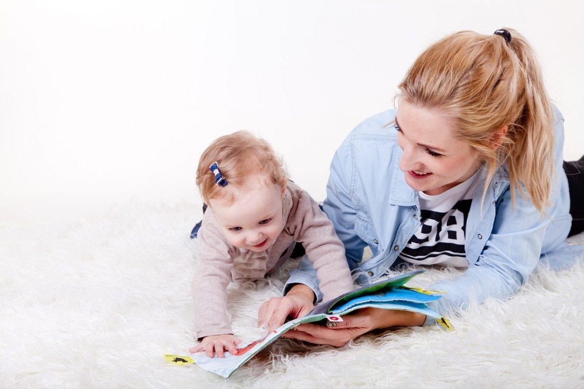 Decreto coronavirus, tutte le misure a sostegno delle famiglie: baby sitter e congedo parentale