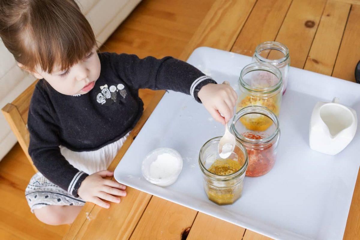 Travasi montessoriani: perché piacciono ai bambini?