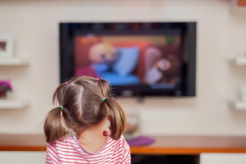 Mamme al tempo del coronavirus: come stimolare la creatività dei bambini attraverso i film