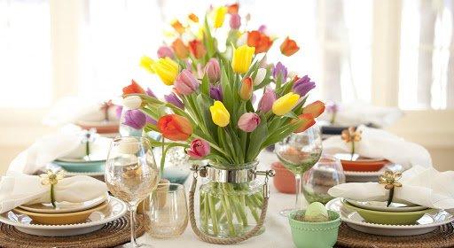 decorare tavolo di pasqua fiori