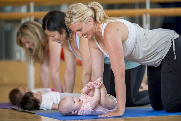 Allenarsi a casa con i bambini: consigli utili ed esercizi efficaci