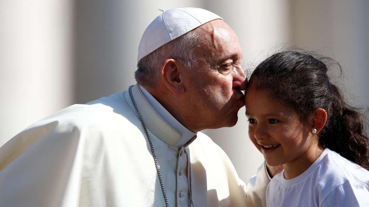 Frasi comunione papa Francesco: le più belle per bigliettini di auguri o inviti