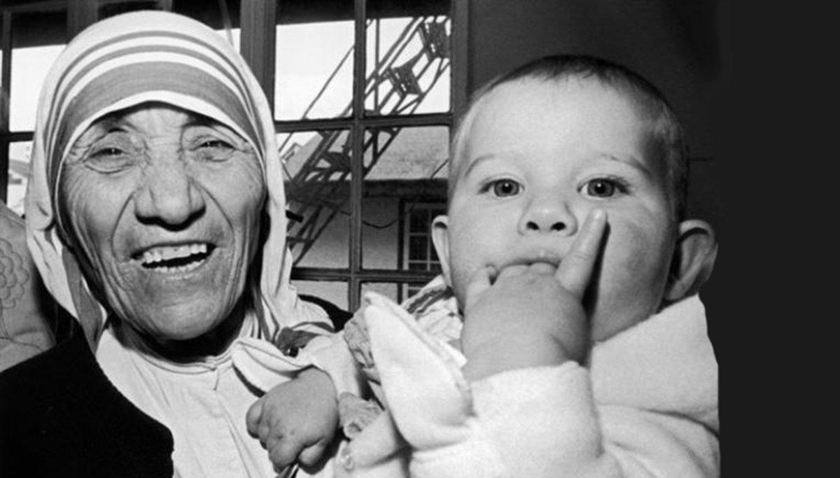Frasi sui figli Madre Teresa: ecco le più belle e toccanti