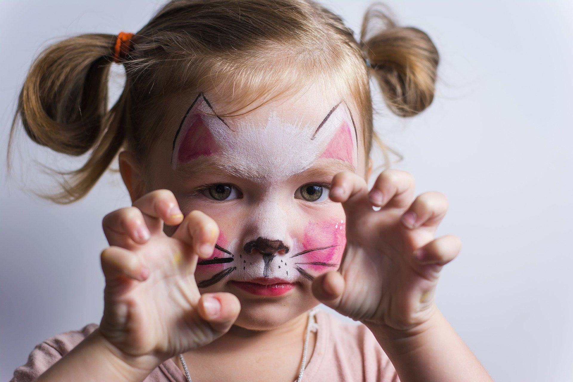 Trucco da gatto per bambini: ecco come realizzarlo