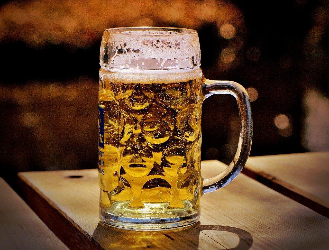 Birra in gravidanza: si può bere o fa male? Ecco il parere dell'esperto
