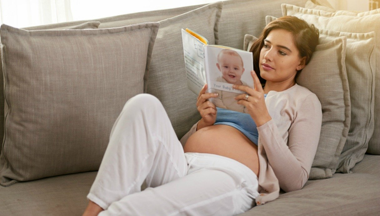 10 libri da leggere in gravidanza consigliati per le future mamme