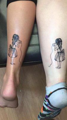 tatuaggi uguali per sorelle