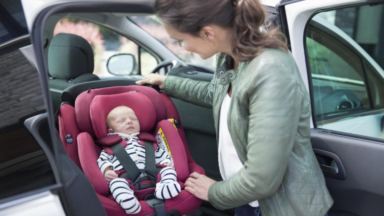Seggiolini auto: il codice della strada aggiornato 2020