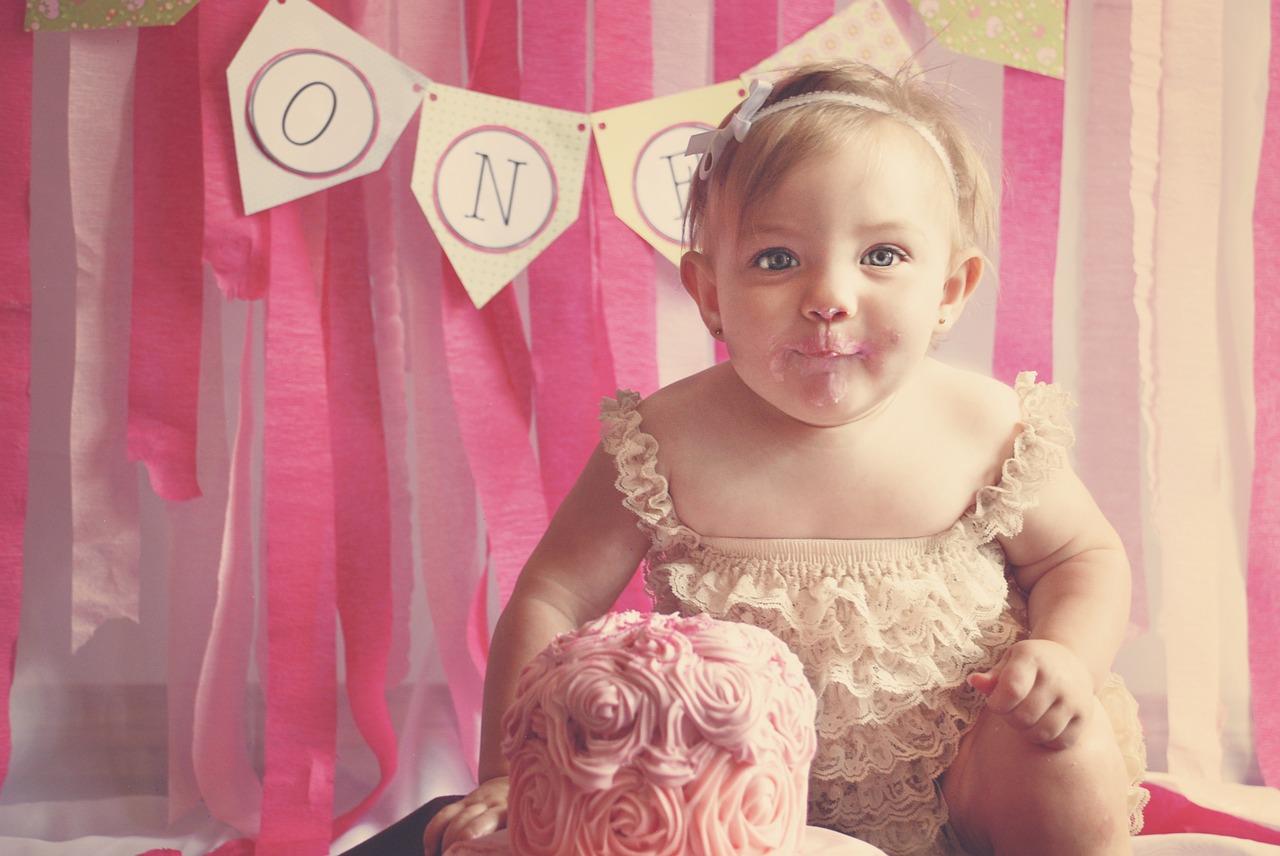 Torte bellissime di compleanno per femminucce: ecco le immagini più belle