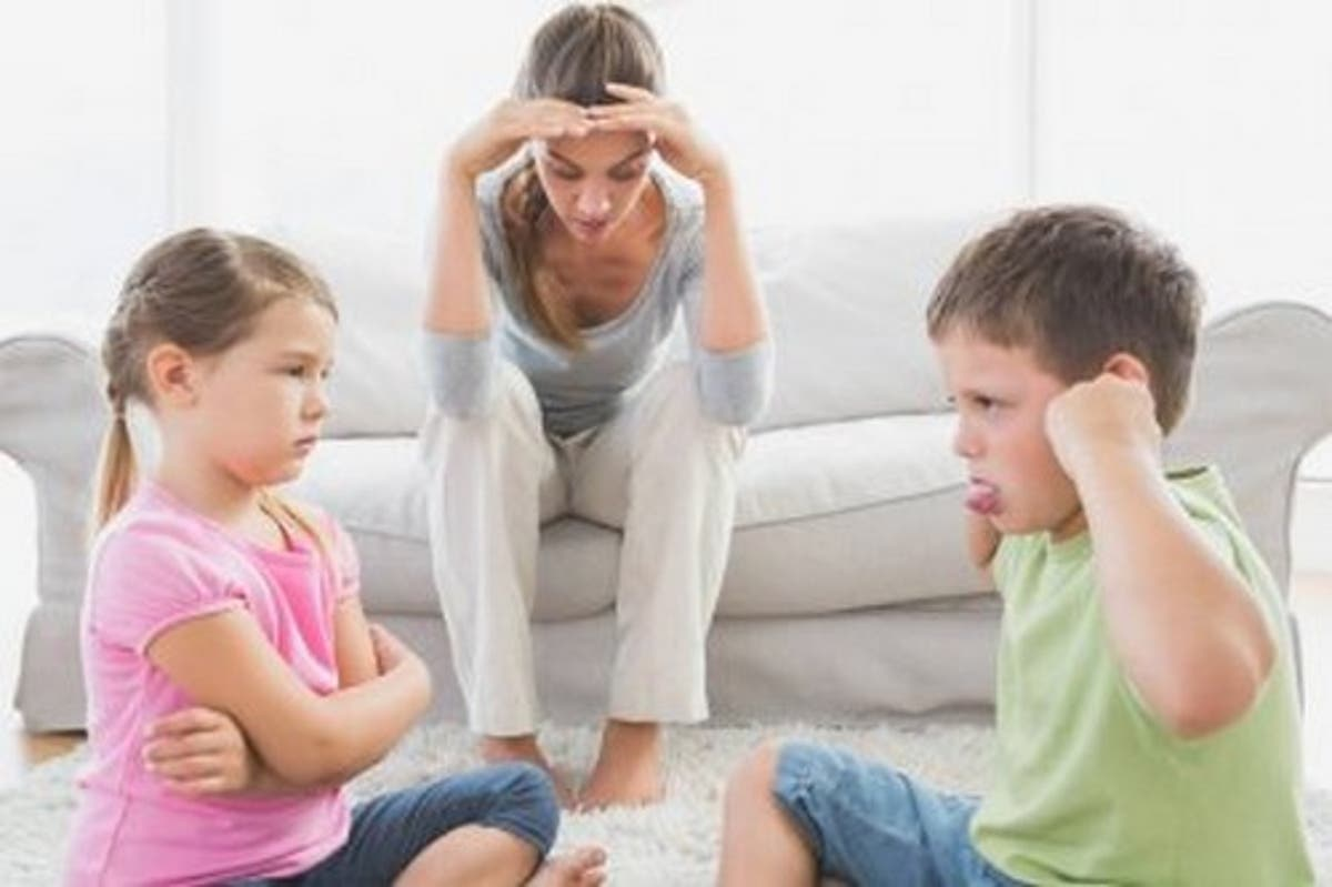 Gelosie e litigi tra fratelli: quando e come intervenire