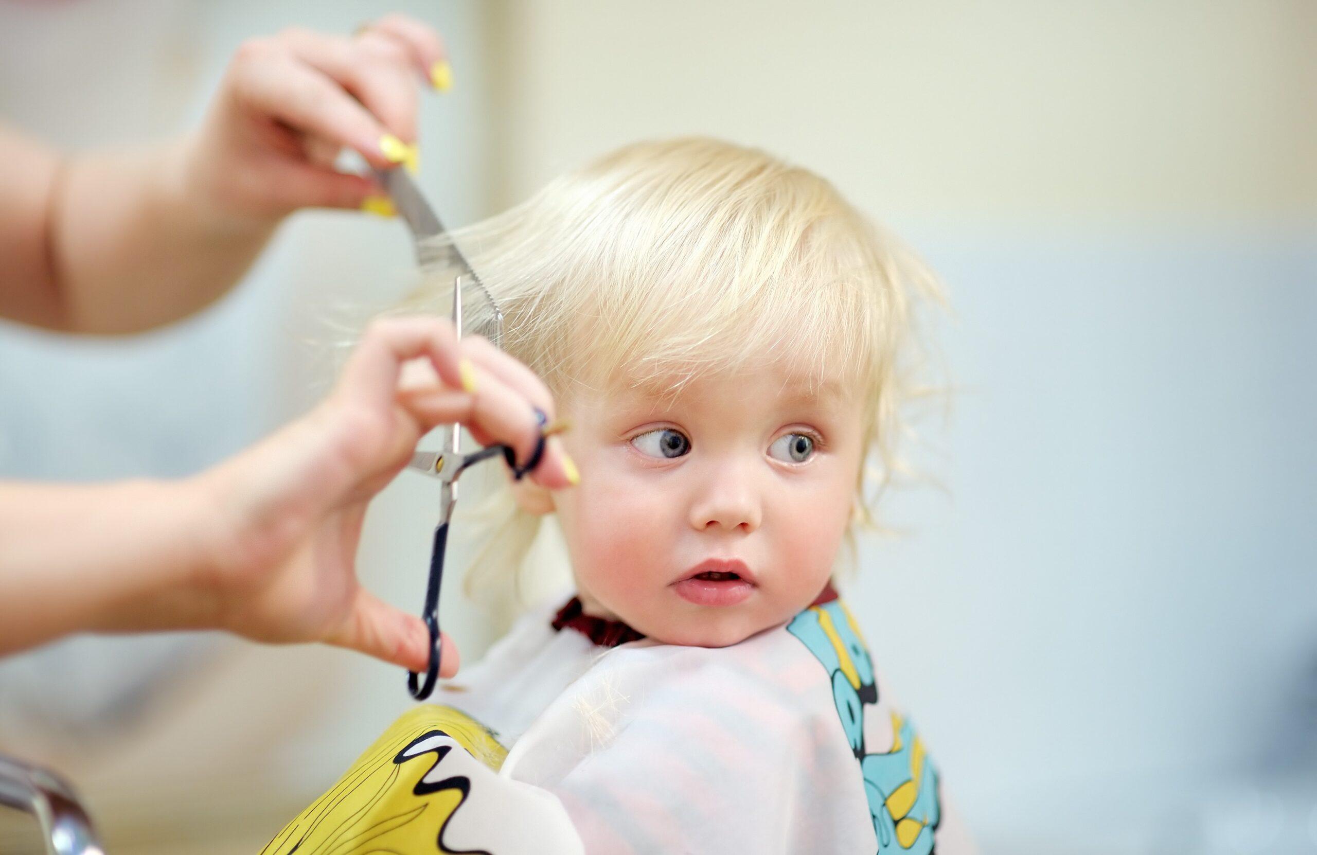 Taglio capelli bambini maschi: quelli più alla moda
