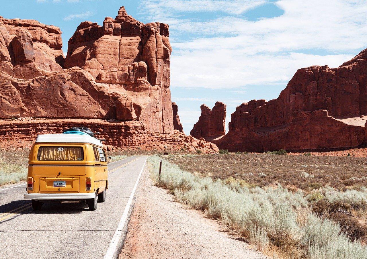 Viaggio ecosostenibile: i nostri consigli per insegnare ai tuoi figli a viaggiare rispettando l'ambiente
