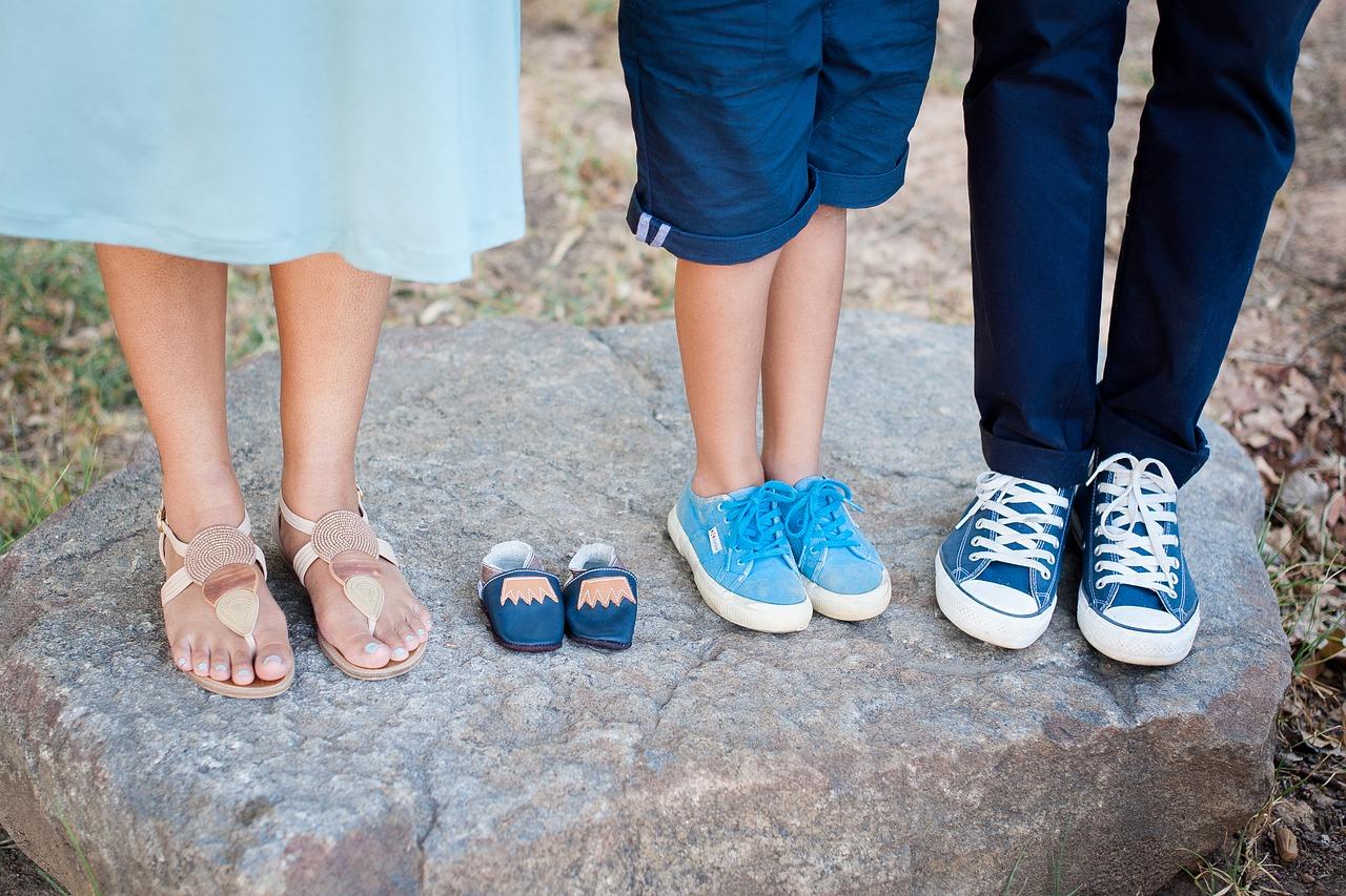 Scarpe estive bambini: una guida per scegliere le migliori