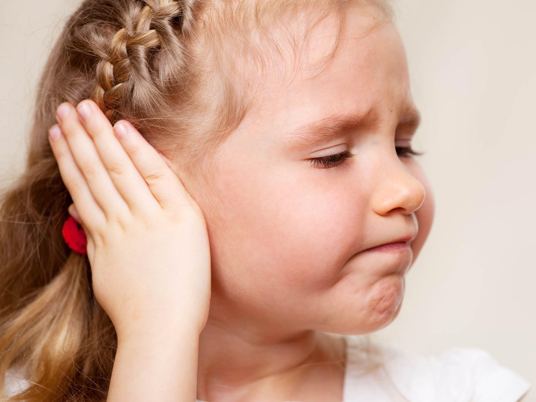 Anauran bambini: gocce per otite. Quando e come usarle?