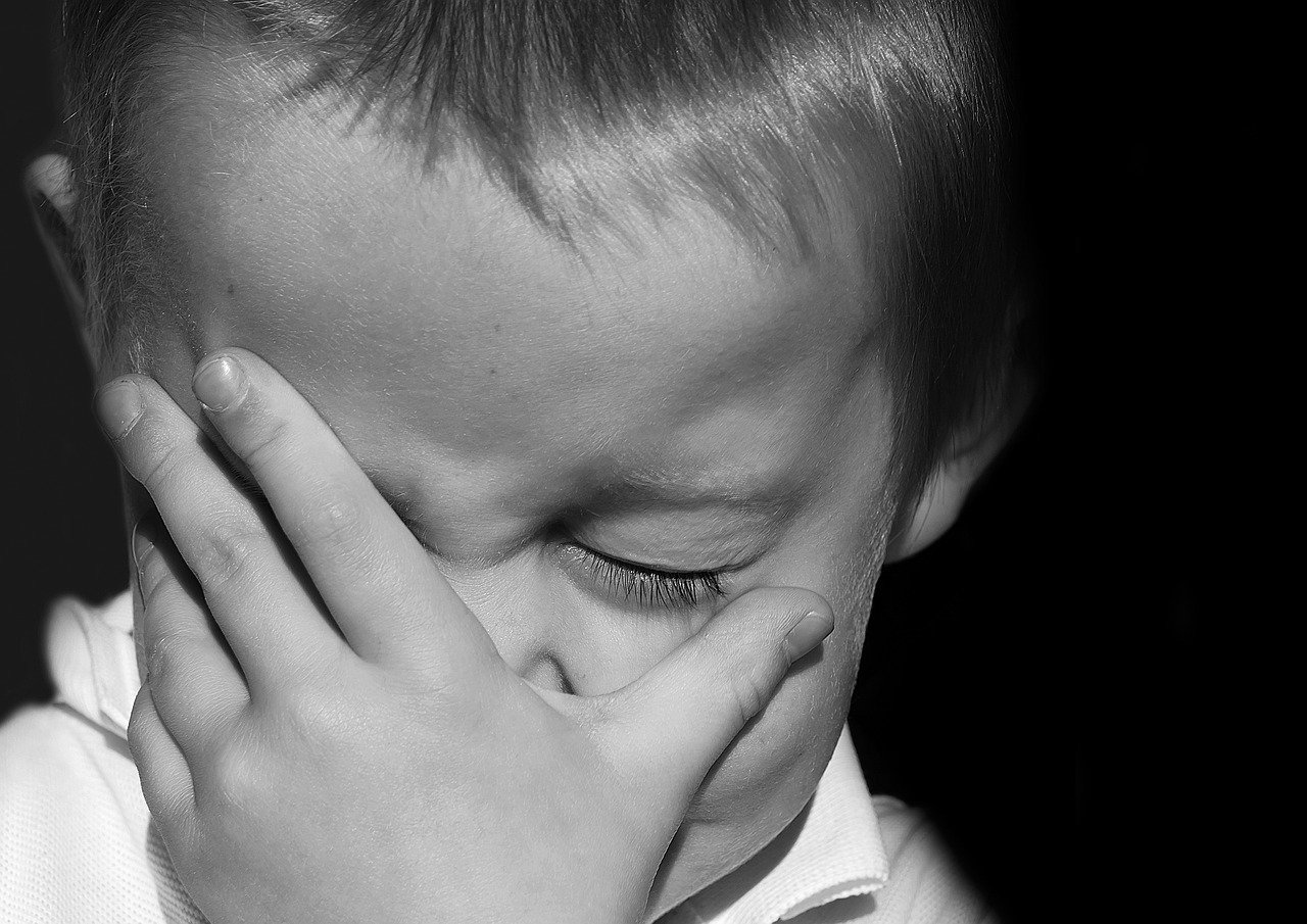 Congiuntivite bambini: rimedi naturali e tutto ciò che devi conoscere