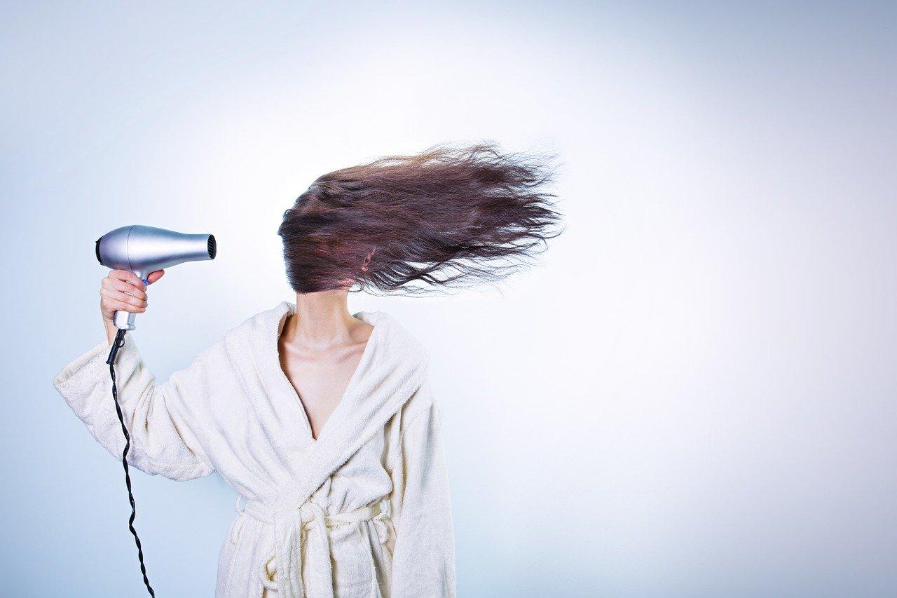 Caduta dei capelli: ecco i consigli più utili da seguire
