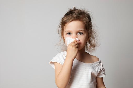 Argotone neonati per liberare il nasino: è indicato per i piccoli?