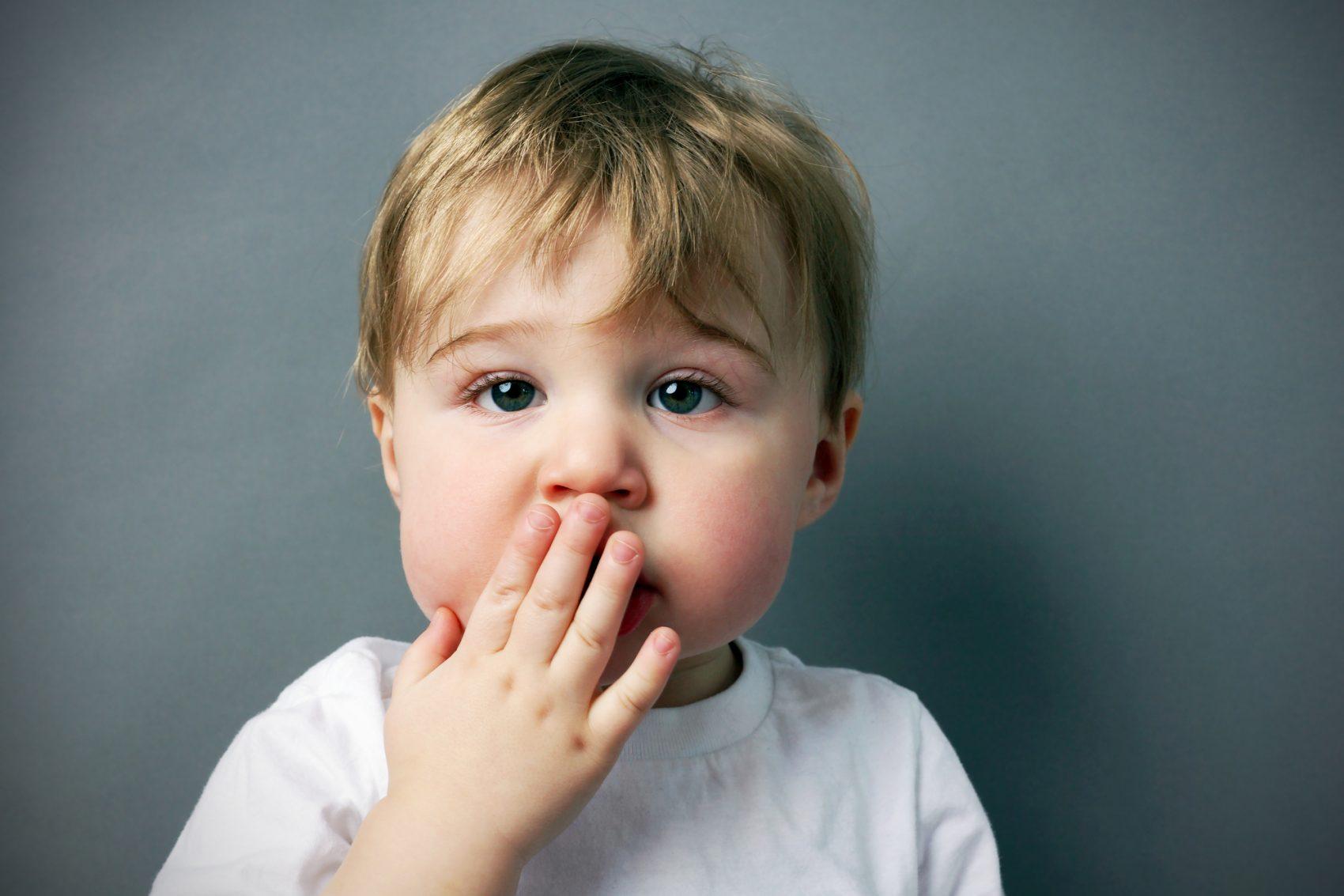 Alitosi nei bambini: quali sono le cause? Cosa fare?