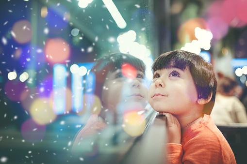 Buon Natale in tutte le lingue da insegnare ai bambini