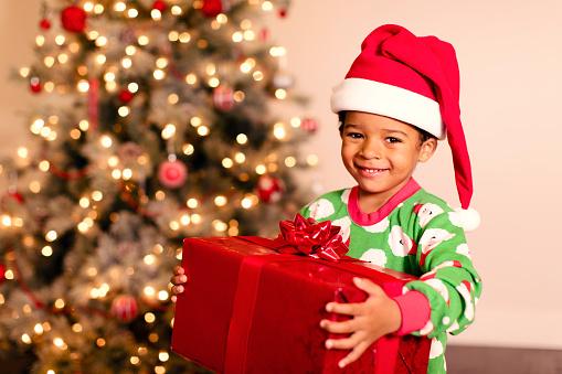 Poesie Di Natale In Rima Baciata.Frasi Di Natale In Rima Per Bambini Ecco Le Piu Belle E Simpatiche