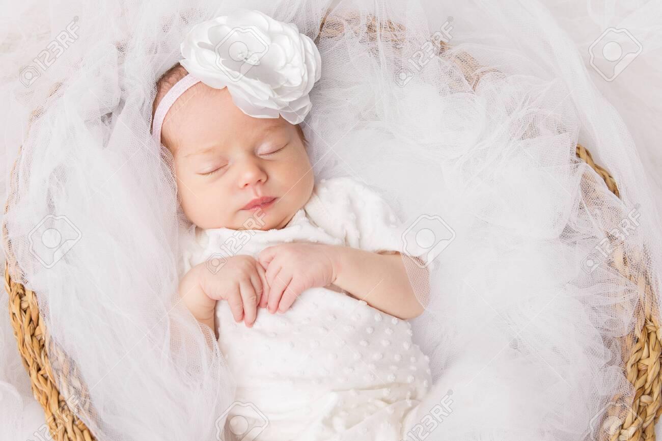 Nomi corti femminili: ecco i 100 più belli per la tua bambina
