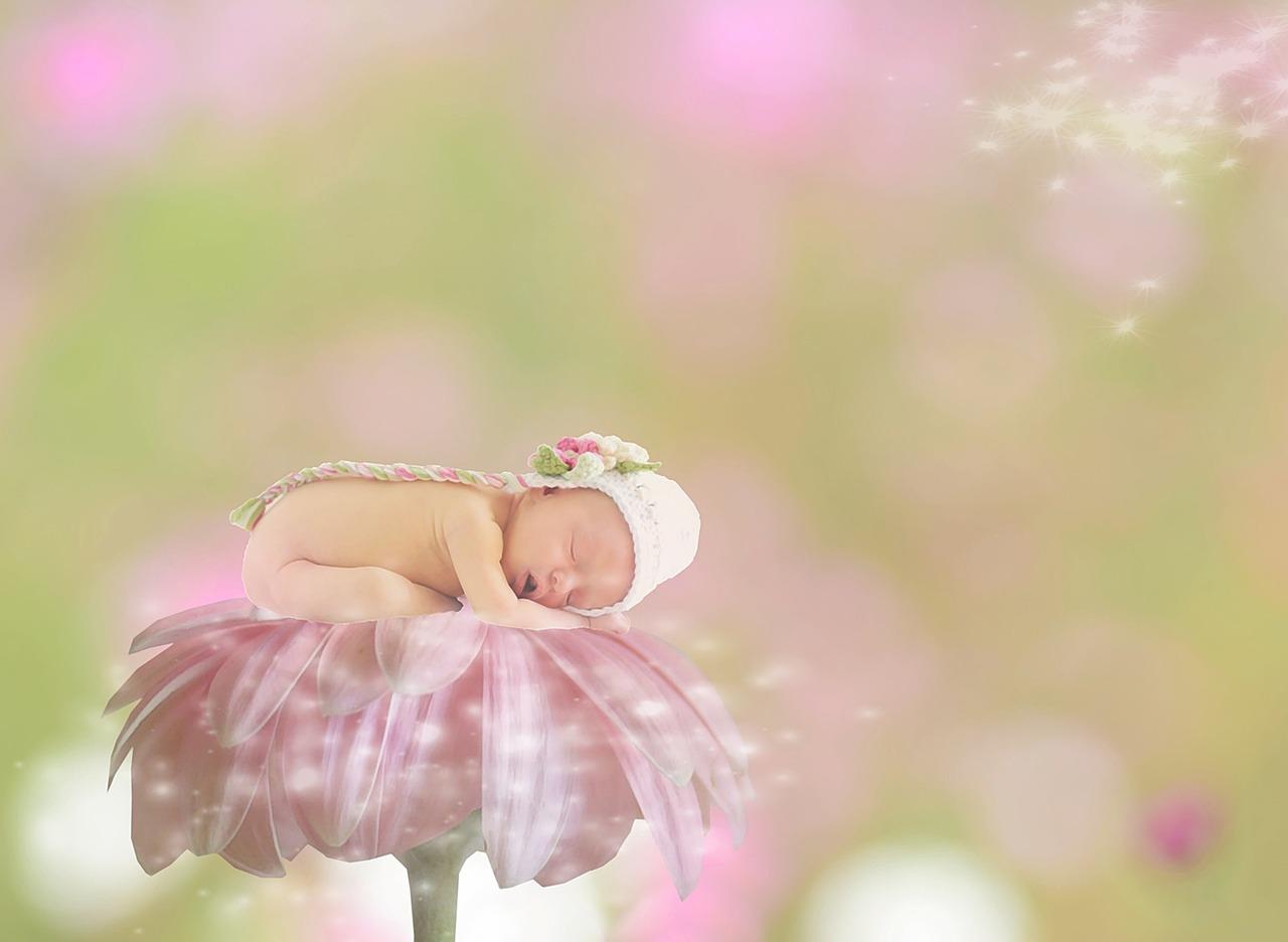 Nomi con la E femminili: ecco i 100 più belli per la tua bambina