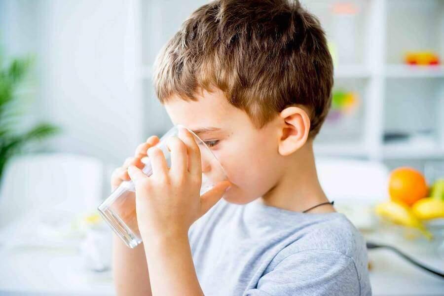 Acetone nei bambini: sintomi, quanto dura, cosa mangiare, cause e rimedi