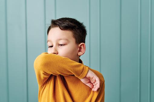 Tosse grassa nei bambini: rimedi, quanto dura, rimedi naturali, come curarla, quando preoccuparsi
