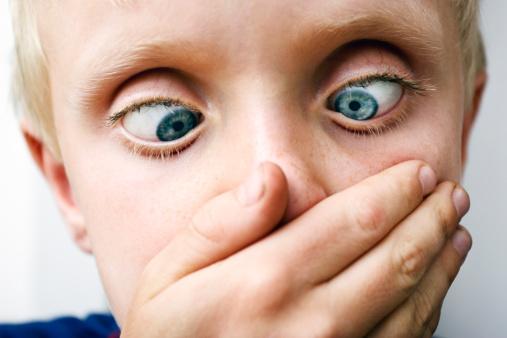 vomito nei bambini cosa mangiare   vomito nei bambini cause   vomito nei bambini di 3 anni    vomito nei bambini rimedi naturali   vomito   come vomitare   vomito giallo   vomitare sangue   vomito bambini   vomitare   sensazione di vomito   vomito biliare   vomito verde   conati di vomito