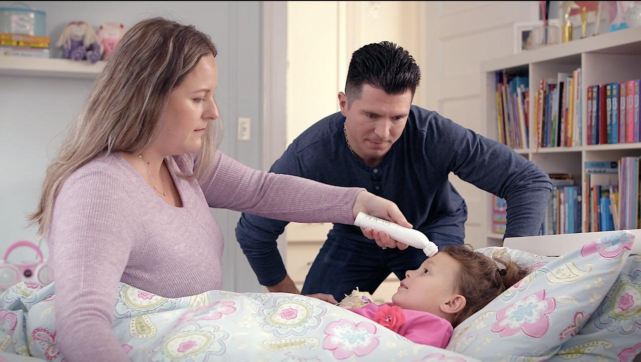 Febbre a 37 persistente nei bambini: cosa fare? Quando chiamare un medico? Quali medicinali?