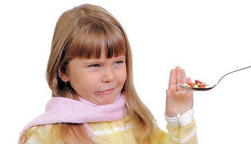 pastiglie e compresse ai bambini