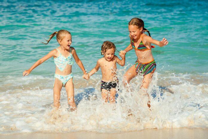 benefici del mare nei bambini