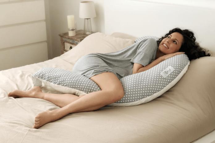 cuscino da allattamento e gravidanza